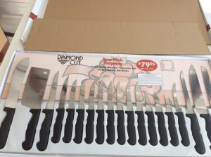 Diamond Cut Knife Set | Des Moines Auction | Store It America