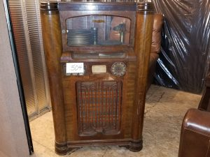 Jukebox at Multi Consignor Auction